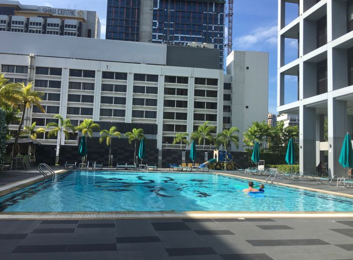 We spent a lot of time relaxing in the gorgeous pool at 8 on Claymore