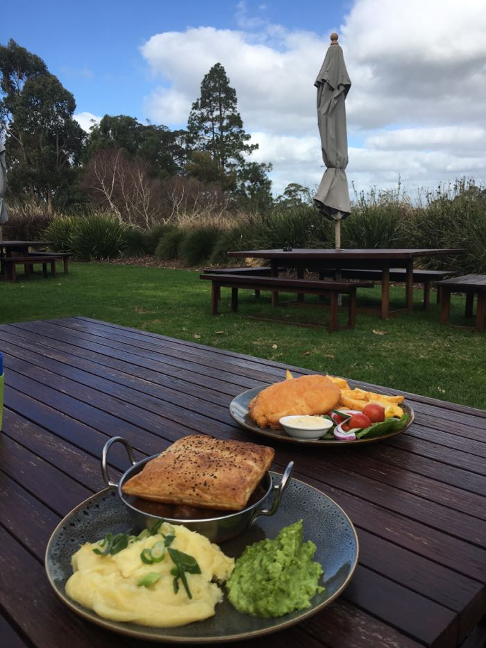 The lunch at Cowaramup Brewery is delicious.